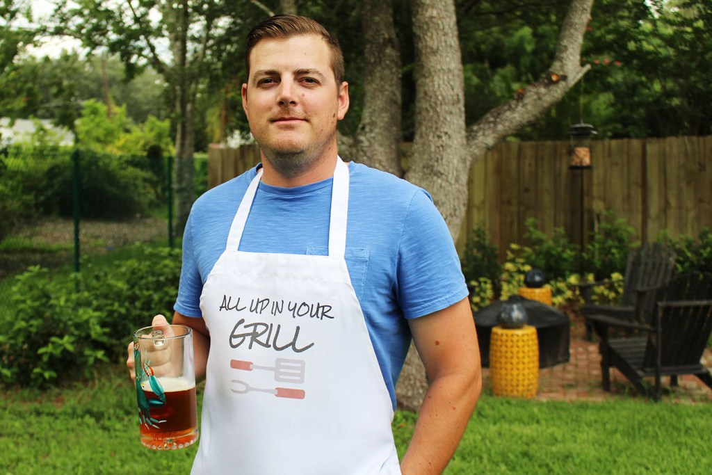 DIY Father's Day Grilling Apron