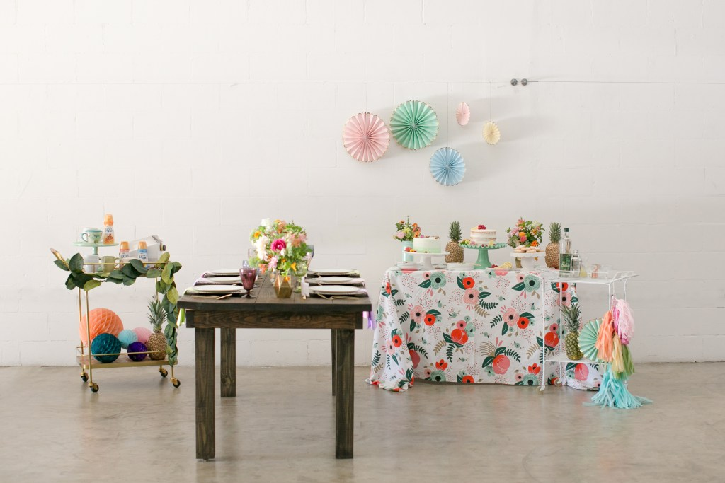 Entertain your friends this summer with a Floral Summer Party