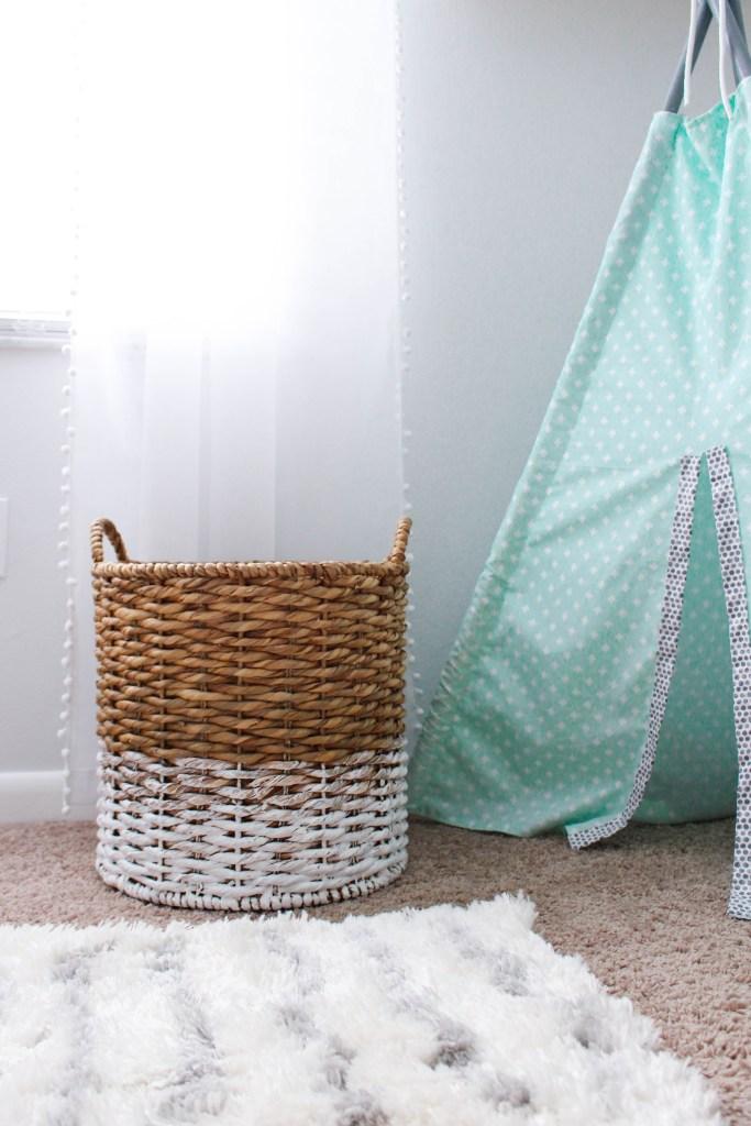 DIY Clothes hamper for nursery