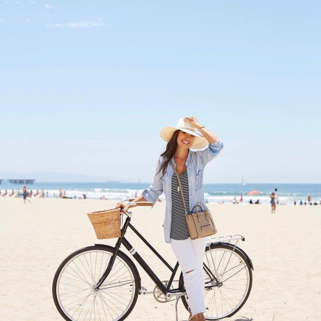 Slept in and rode my bike to the beach! Myhellip