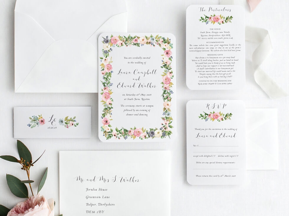 Wedding-invite-with-flower-garland