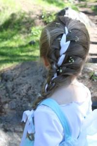 Elsa braid with flowers