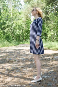 Tilly and the buttons Coco jersey dress, sewn by me, sidefront view.