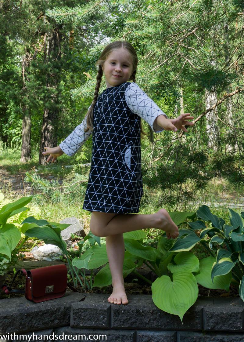 Ottobre design 1/2016 dress 19. Rhythm, side front view.