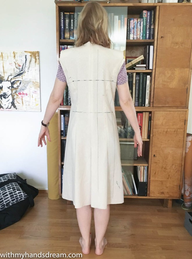 McCall's 5525 toile, back view