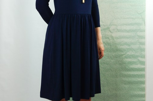 Navy blue Moneta dress. Pattern by Colette patterns.