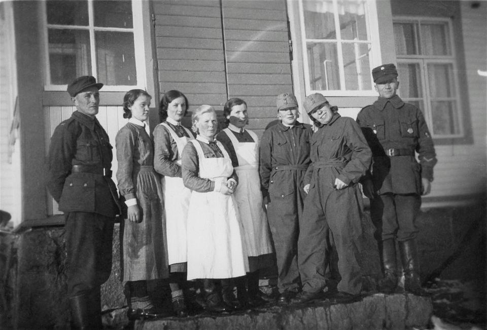 Women in Finnish anti-aircraft duty.