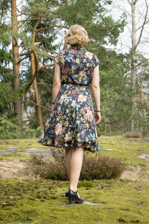 Sew Over It Penny dress from the back.