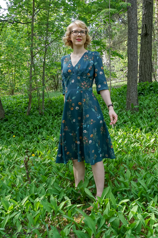 Sew Over It 1940s tea dress.