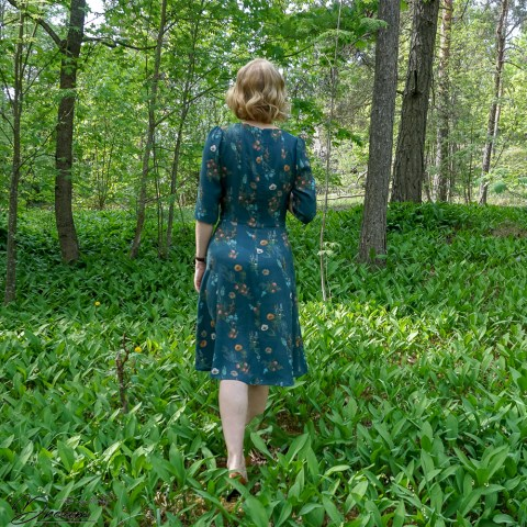 Sew Over It 1940s tea dress.