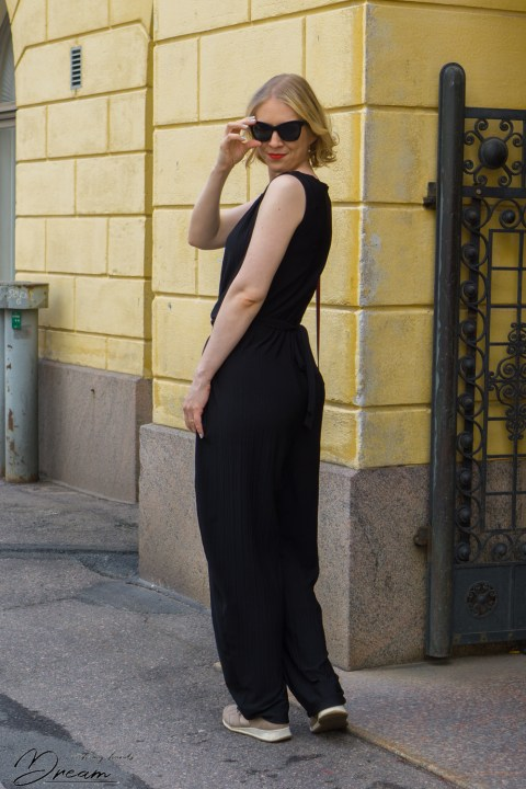 Kielo jumpsuit from the back.