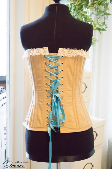 The finished Zara corset on my dressform.