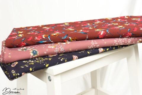 Autumn fabrics: Drapey florals.