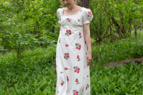 Me empire dress by Sense & Sensibility patterns.