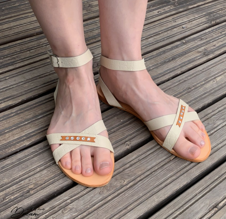 The front look of the sandals.
