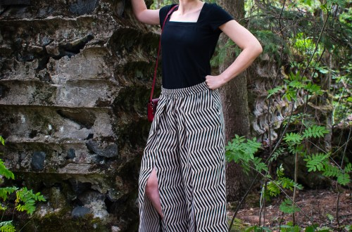 Rae trousers from the book Breaking the pattern.
