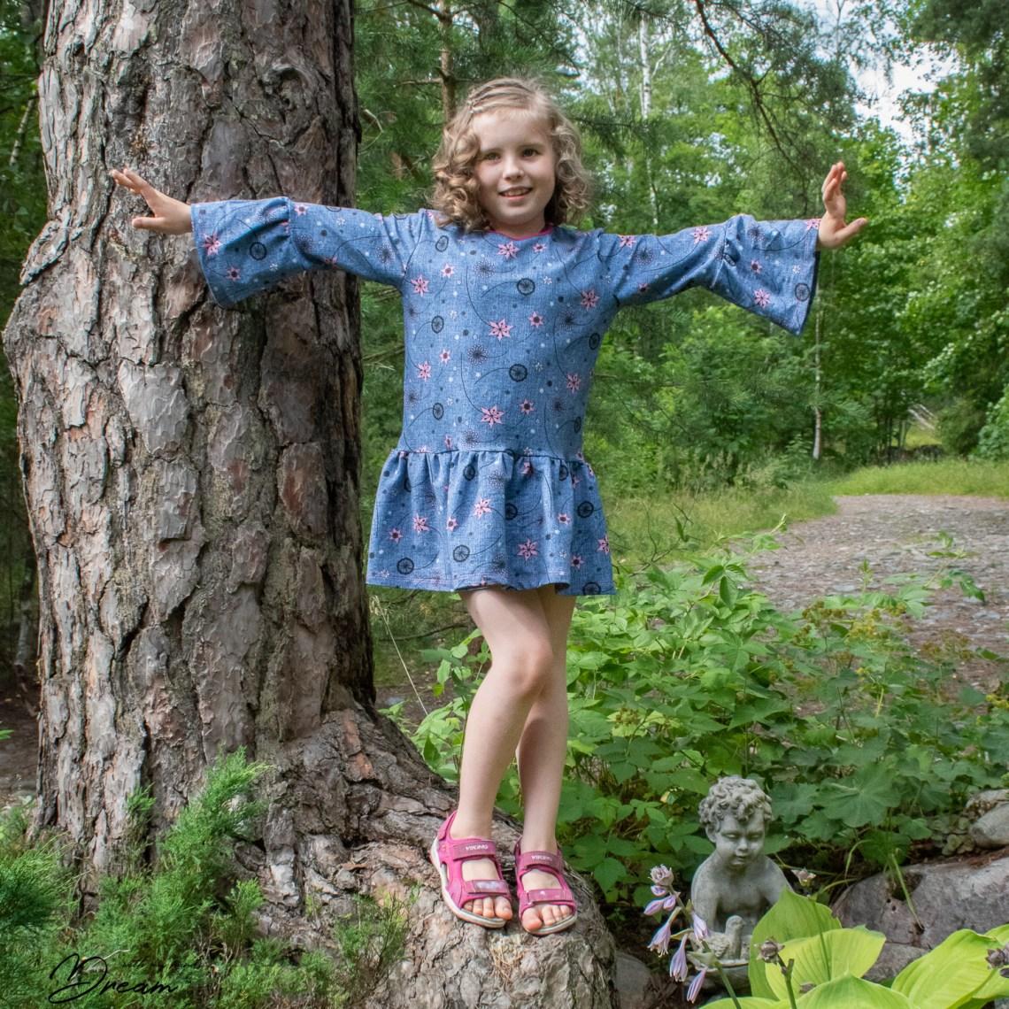 Zicca Flowerpower dress.