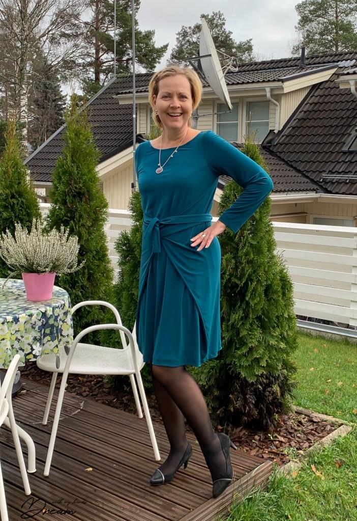 K in her new Kielo dress.