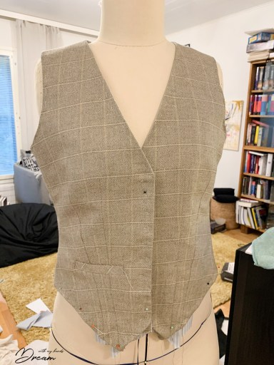 The waistcoat is taking shape.
