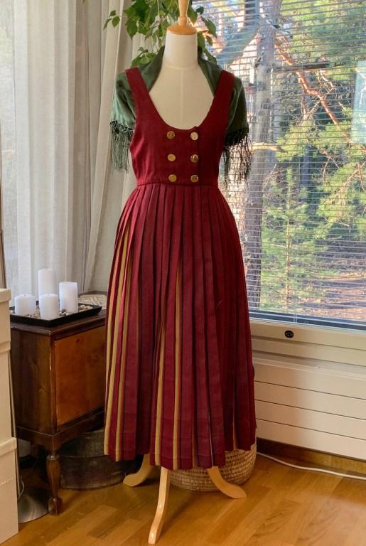The Kokkola pinafore dress.