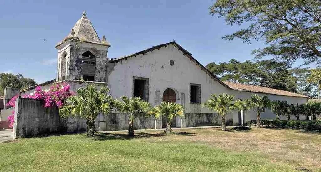 Centro Arte para la Paz Suchitoto El Salvador