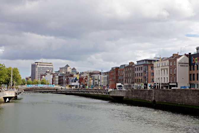 River Liffey Dublin Ireland - JoeBaur