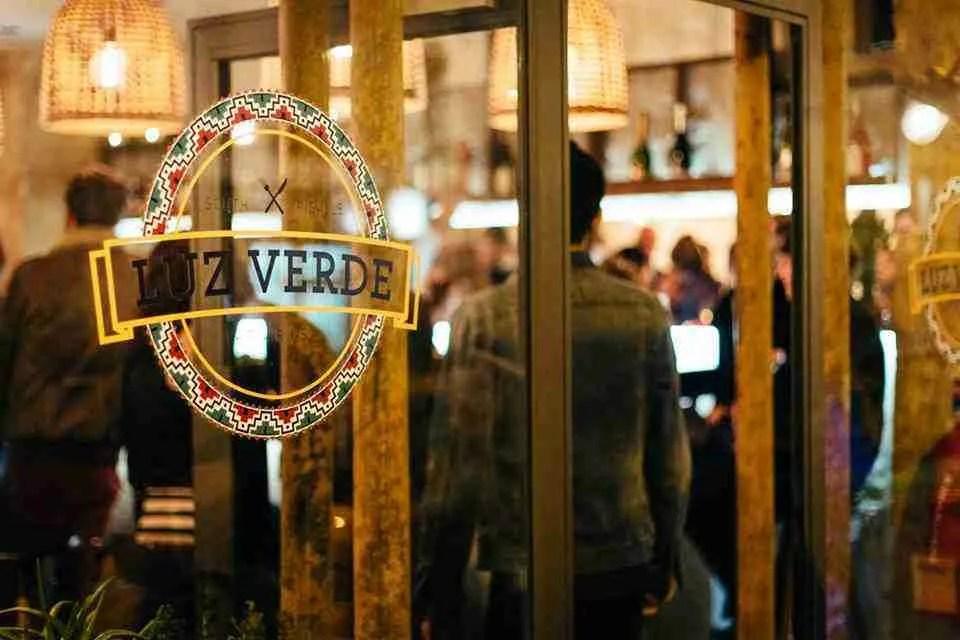 Luz Verde Paris Entrance