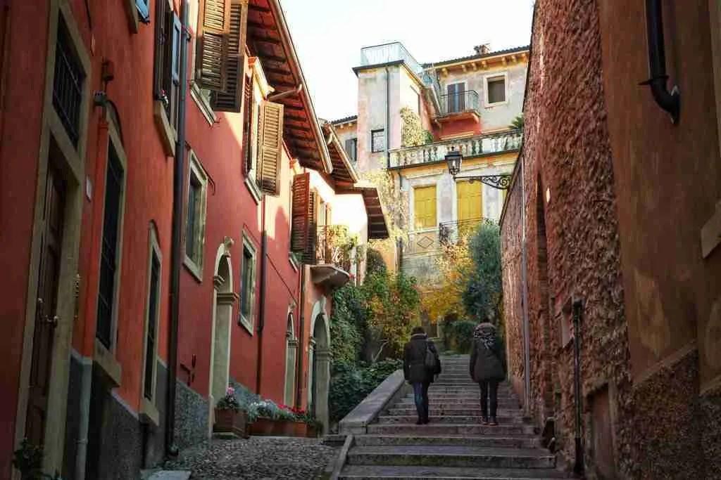 Walking up to Castel San Pietro in Verona