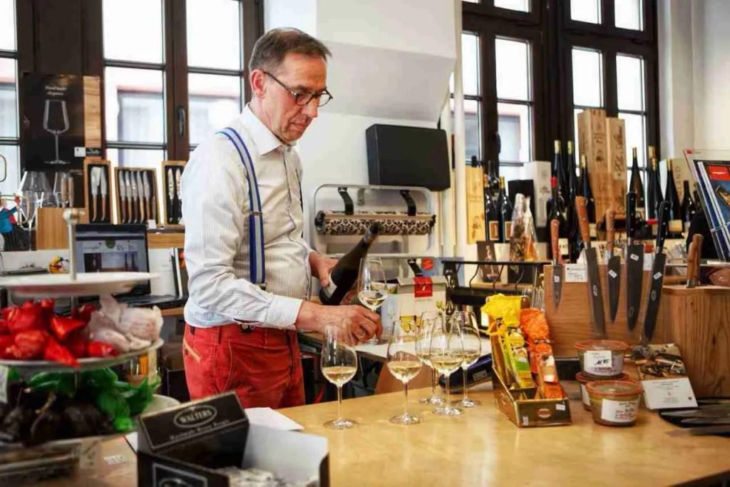 Man pouring German wine