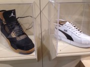 sneakers sculpture