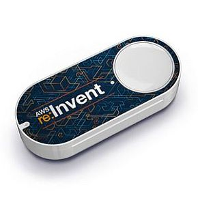 [그림 1] re:Invent 2015에서 배포된 'AWS IoT Button'