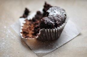 Allergen-free chocolate cupcakes