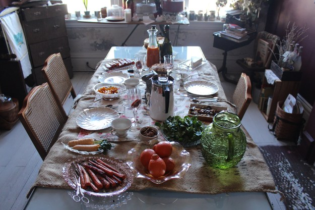 Easter Eve Table 02