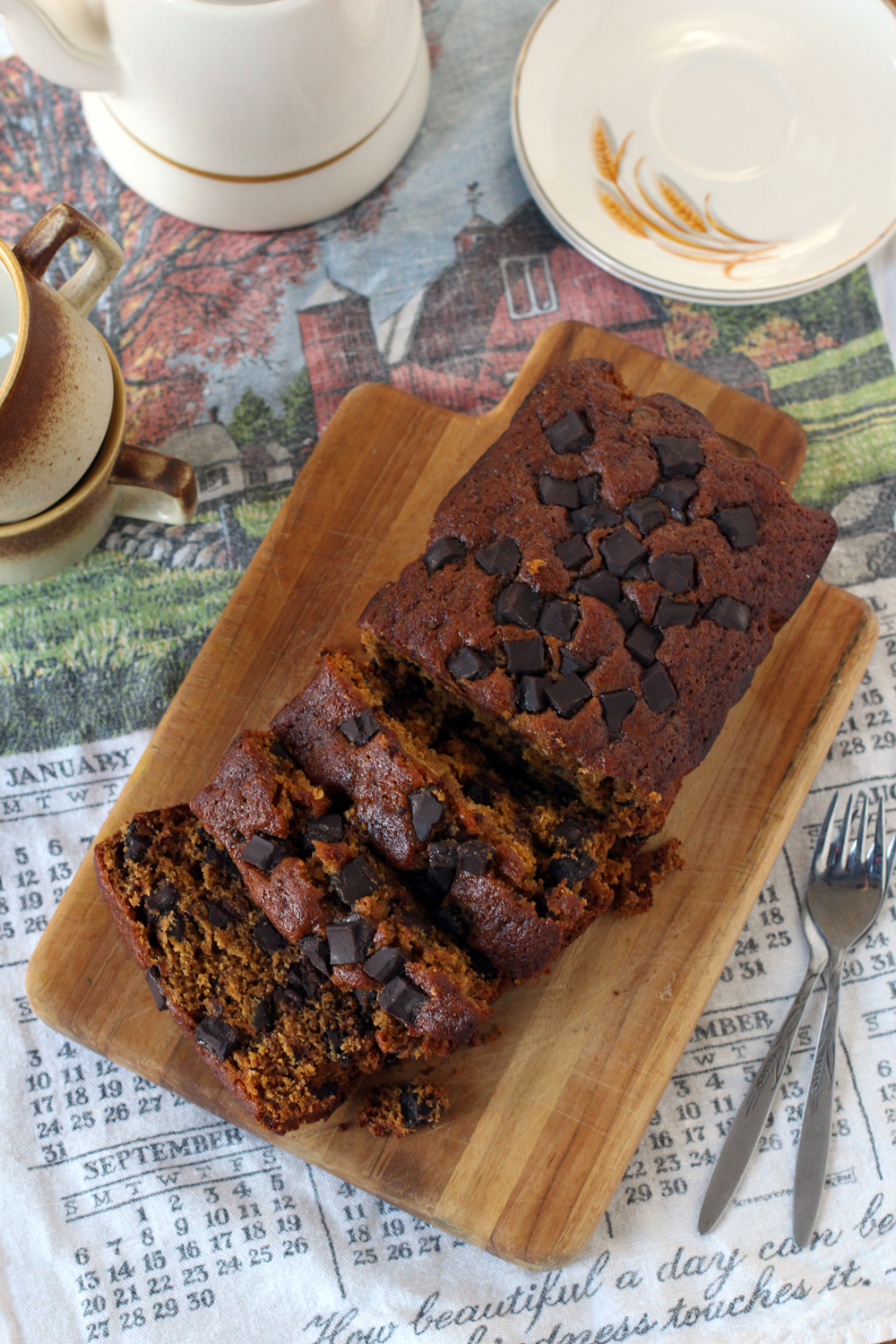 Pumpkin Chocolate Chunk Bread 01