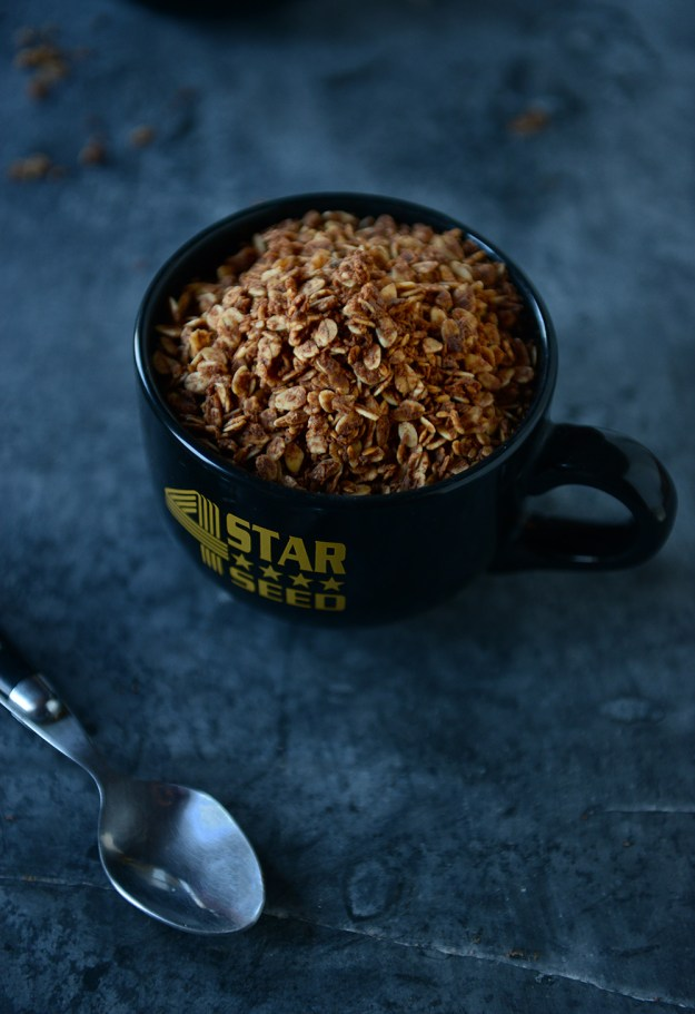 With-The-Grains-Chocolate-Almond-Granola-02