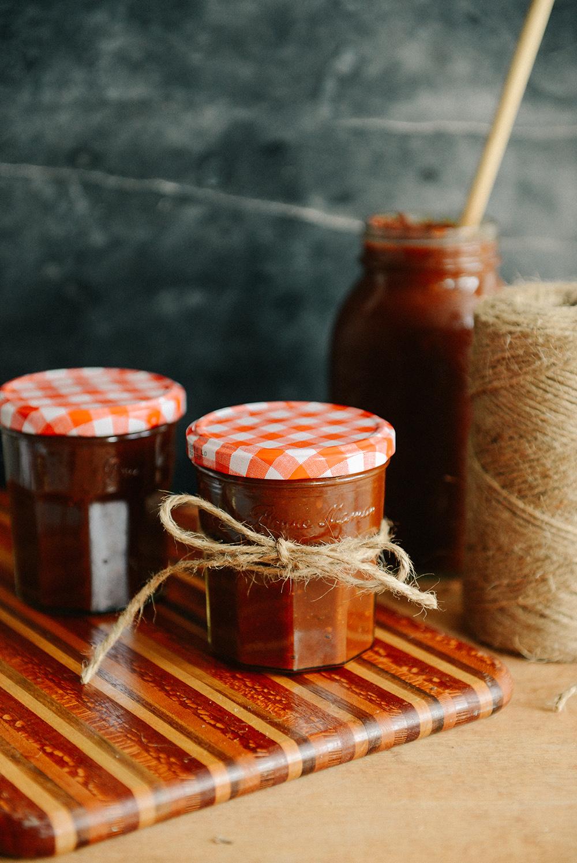 Homemade Bourbon BBQ Sauce // www.WithTheGrains.com