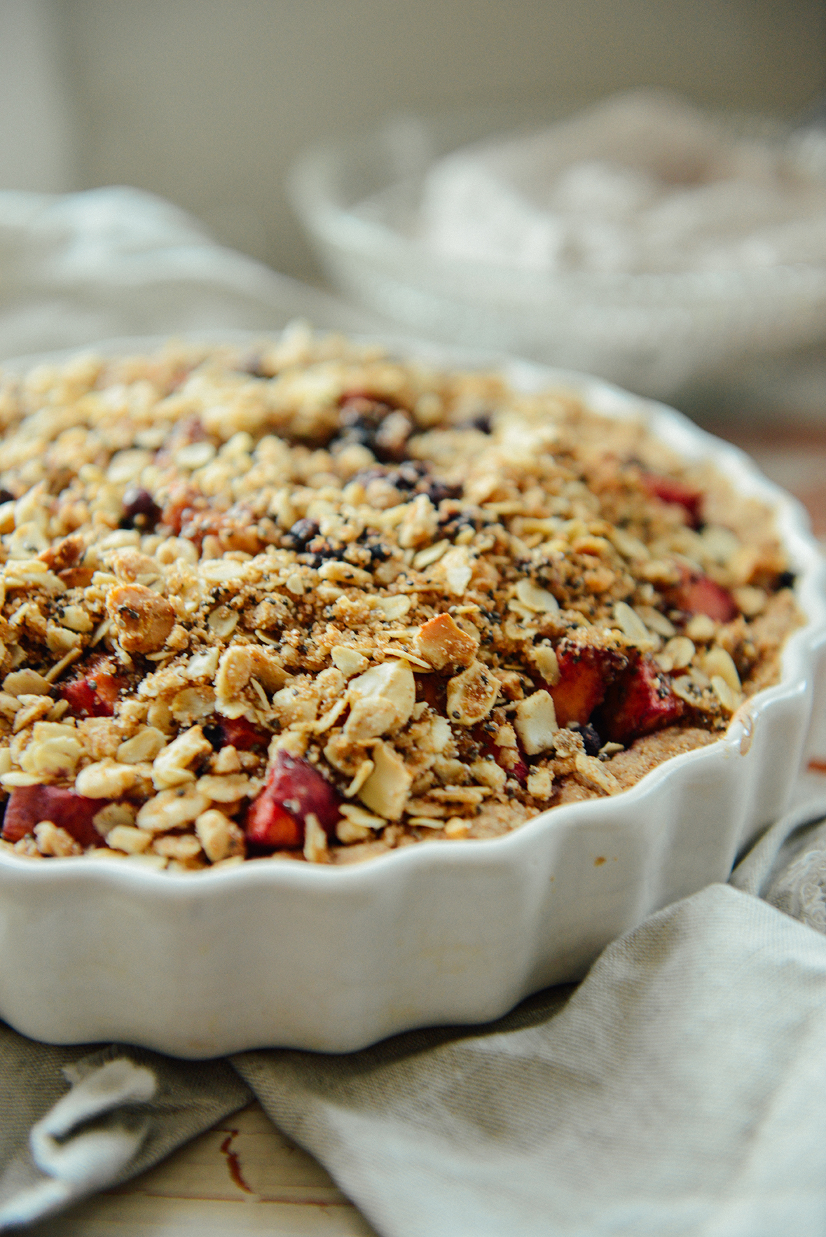 Peach Blueberry Crumble Tart // www.WithTheGrains.com