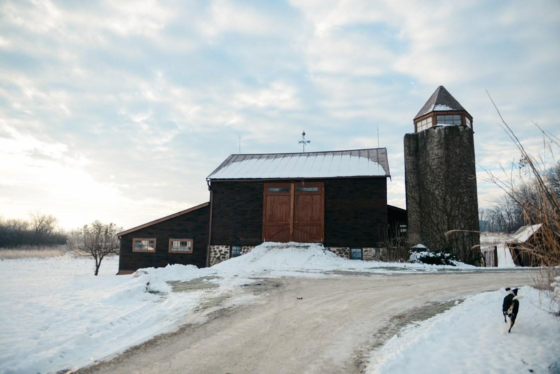 Westward Wanderings: A Wisconsin Chalet // www.WithTheGrains.com