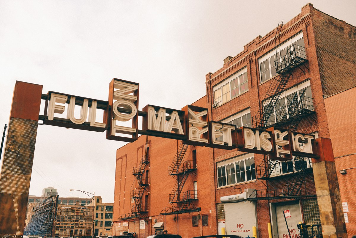 Fullton Market District, Chicago // www.WithTheGrains.com