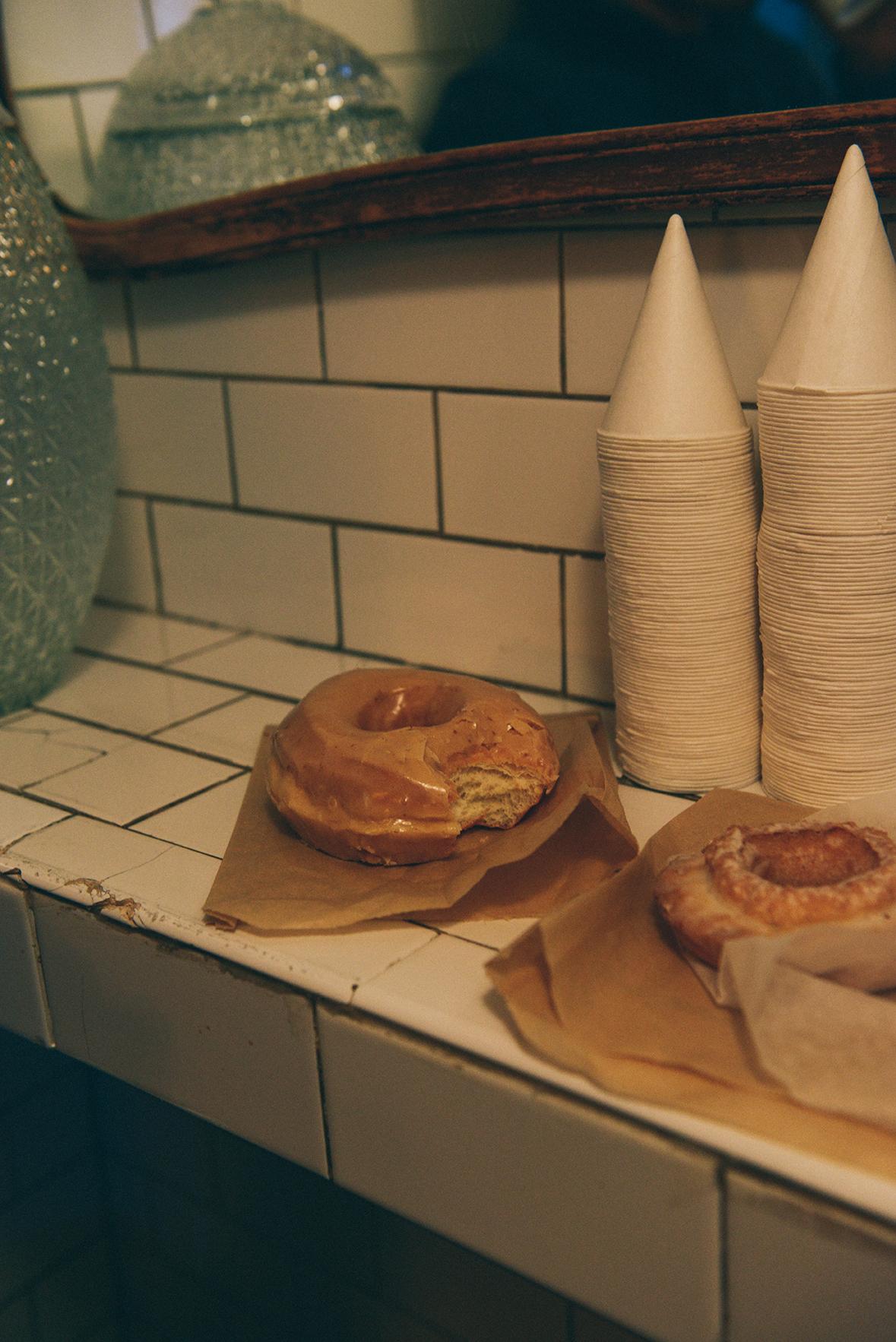 Westward Wanderings: Coffee & Doughnuts in Chicago