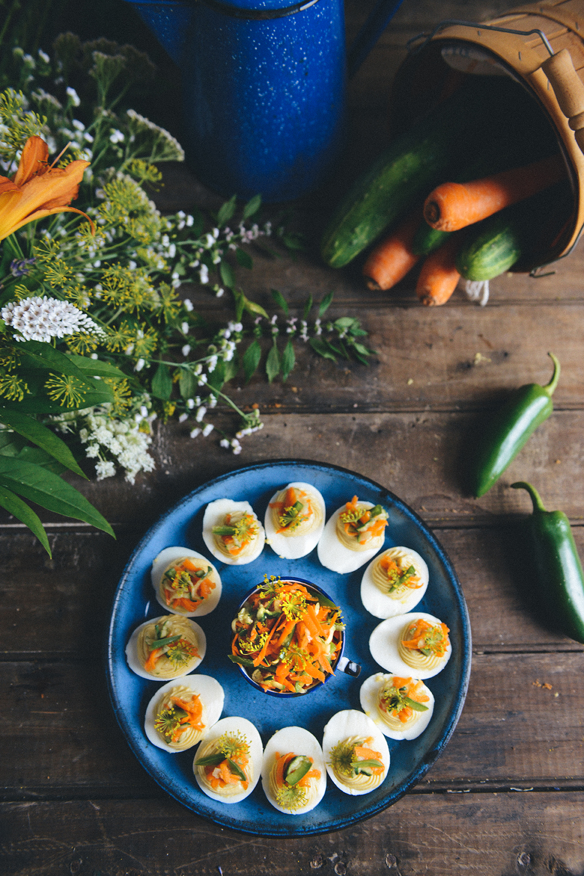 Bánh Mì Deviled Eggs // www.WithTheGrains.com