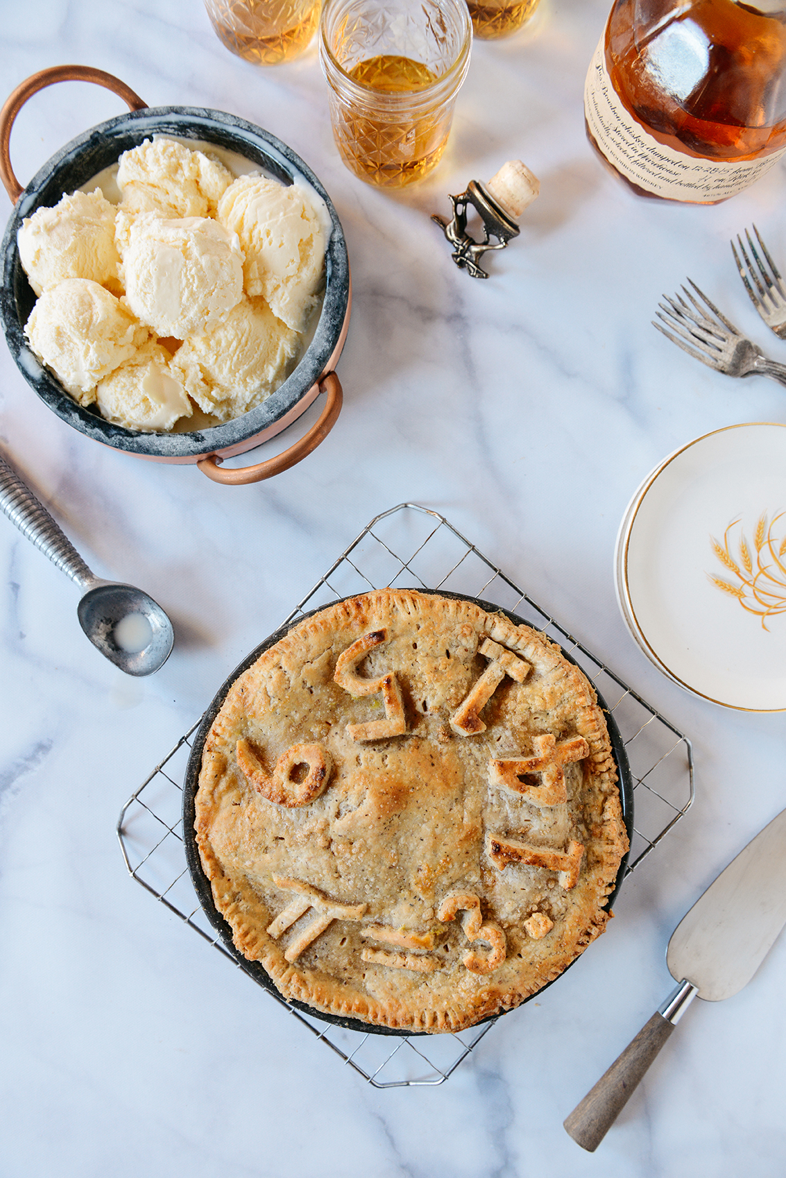 Pi(e) Day: Spiced Apple Pie with a Chai Flavored Whole Grain Crust // www.WithTheGrains.com