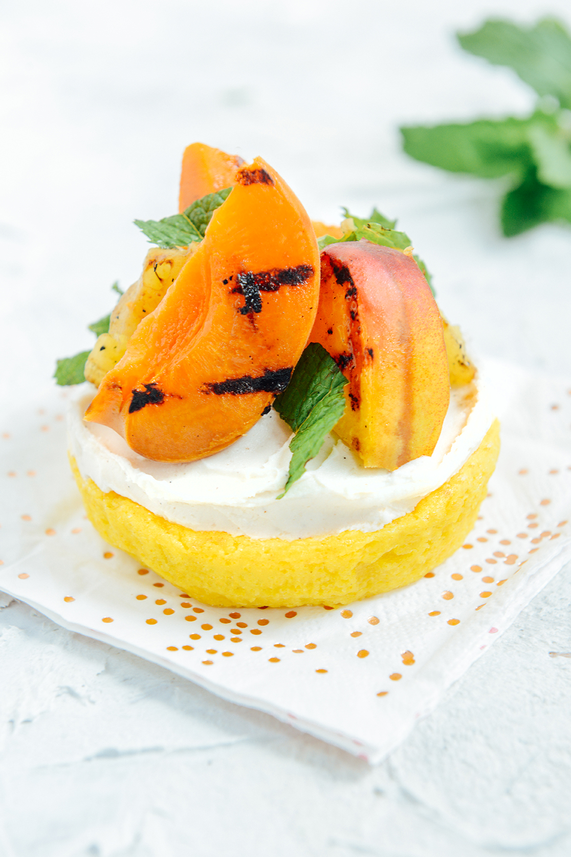 Grilling Fruits for Cake Toppings This Memorial Day Weekend // www.WithTheGrains.com