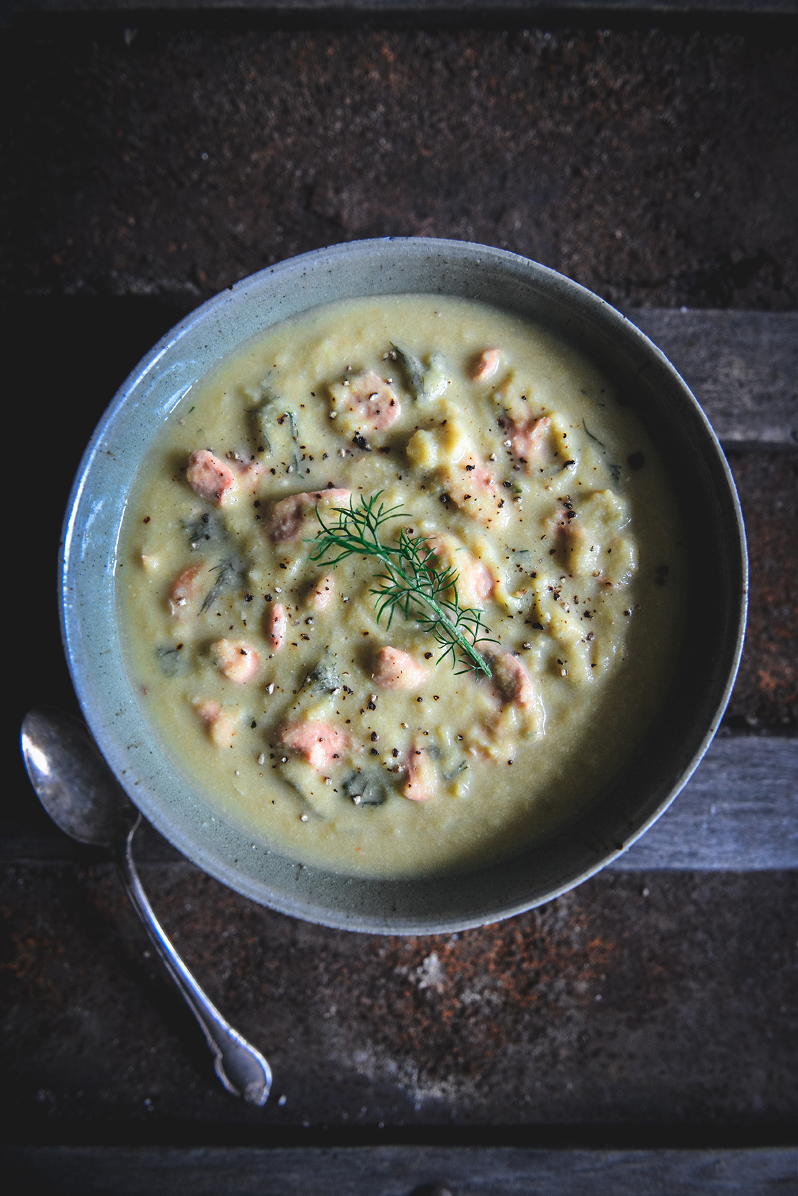 Creamy Cauliflower Salmon Chowder (with Dairy Free Option) // www.WithTheGrains.com