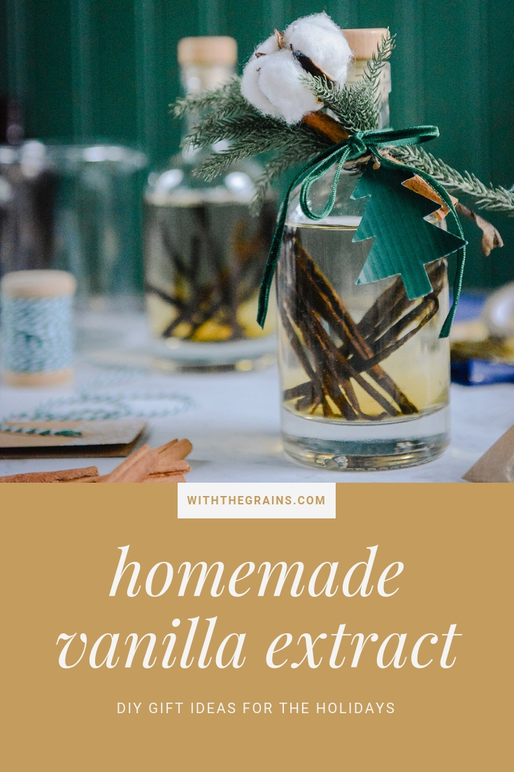Homemade Vanilla Extract (A DIY for the baker in your life) // www.WithTheGrains.com