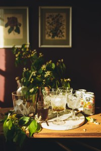 Homemade Soda with Black Pepper & Thyme // www.WithTheGrains.com
