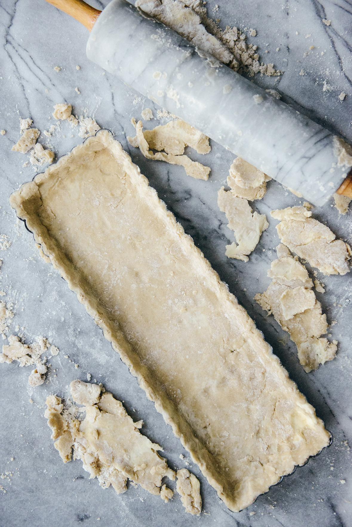 Oat Flour Crust for a Strawberry Tart // www.WithTheGrains.com