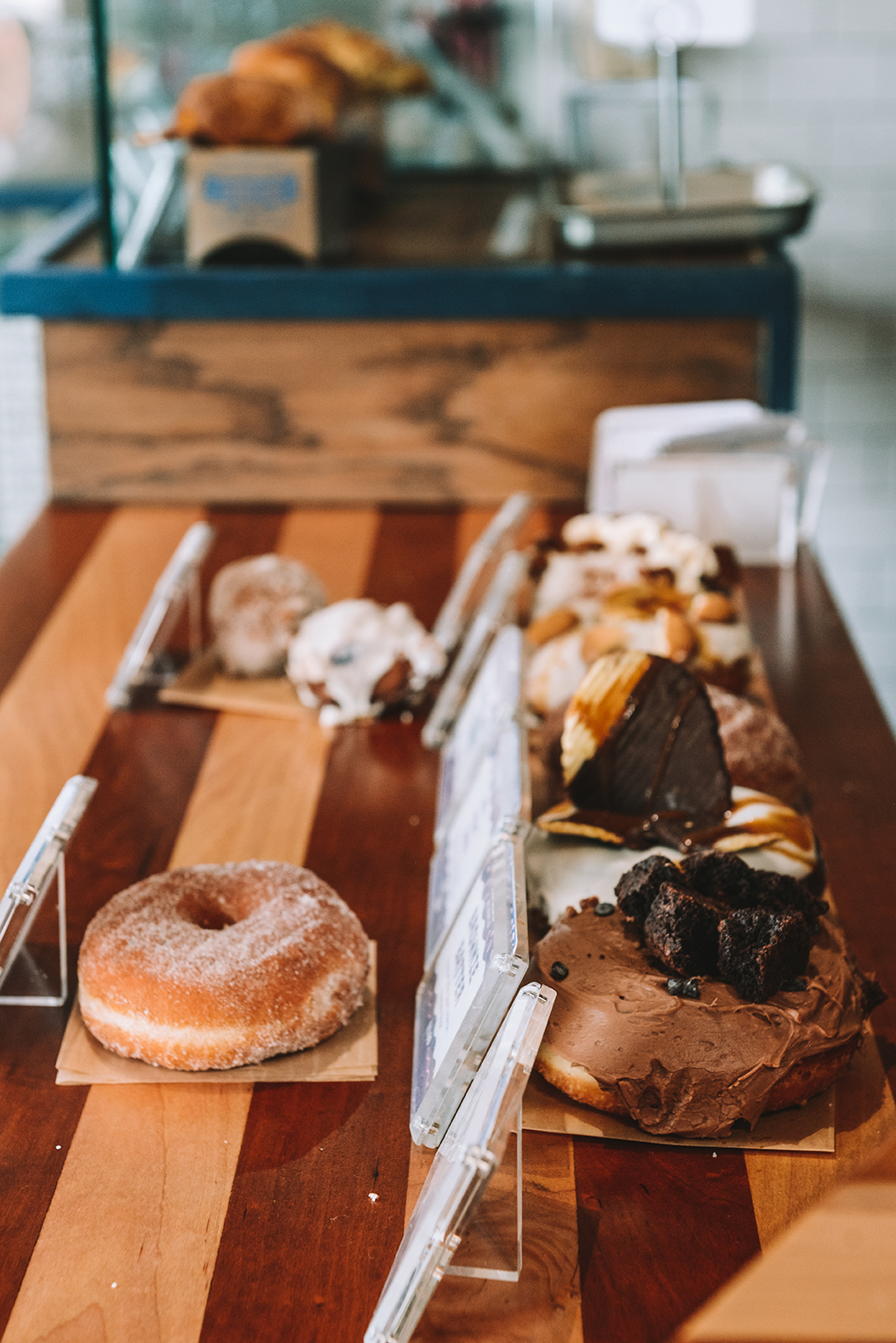 Visiting New Orleans: Beignets and Donuts for Days // www.WithTheGrains.com