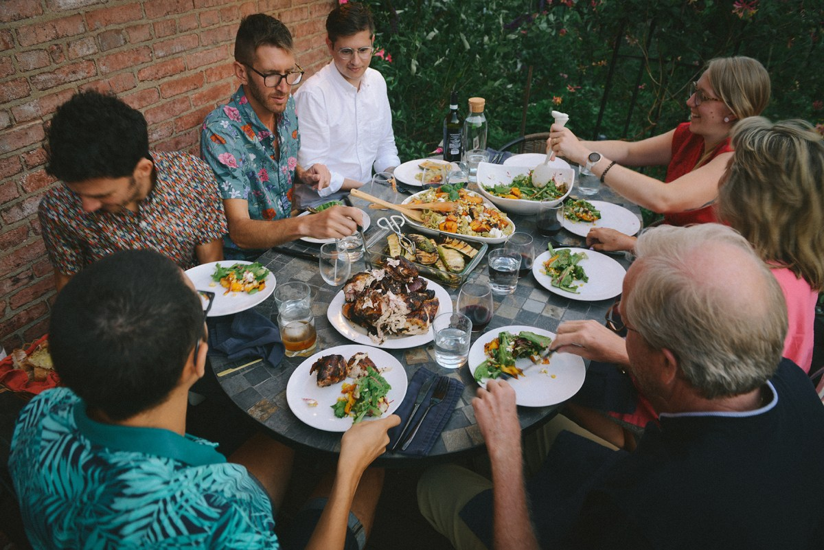 Collaborative Gatherings with Grilled Nectarine Pasta // www.WithTheGrains.com