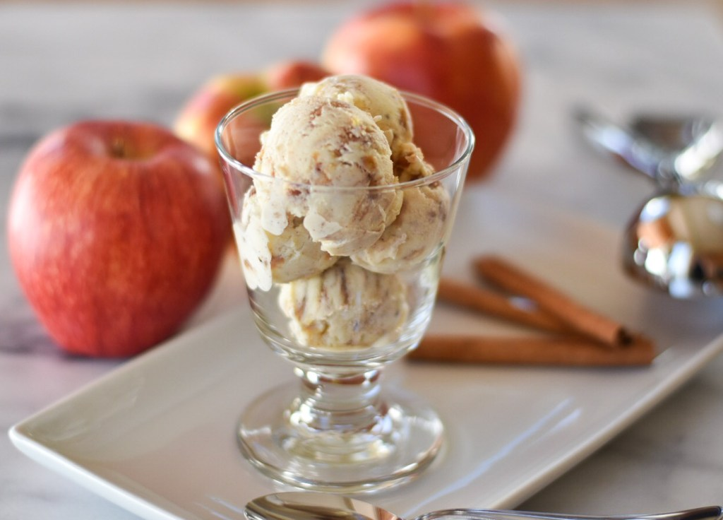 Cinnamon Apple Cheesecake Ice Cream